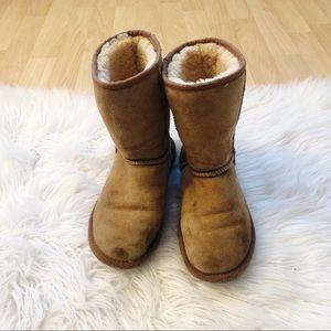 UGG Classic Short Tan Boot